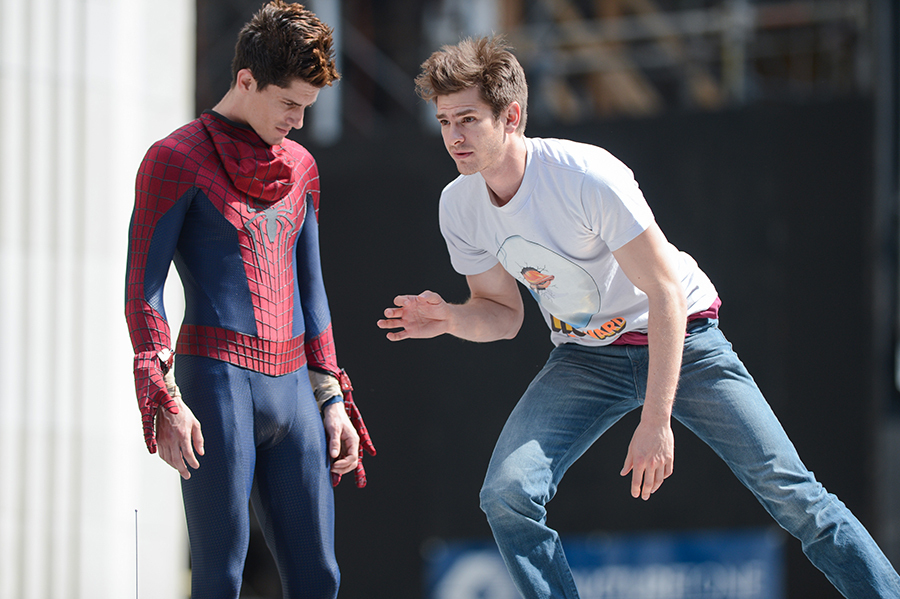 10) Actor Andrew Garfield (right) rehearses a scene with his stunt double at the The Amazing Spider-Man 2 movie set in Madison Square Park on June 22, 2013 in New York City.
