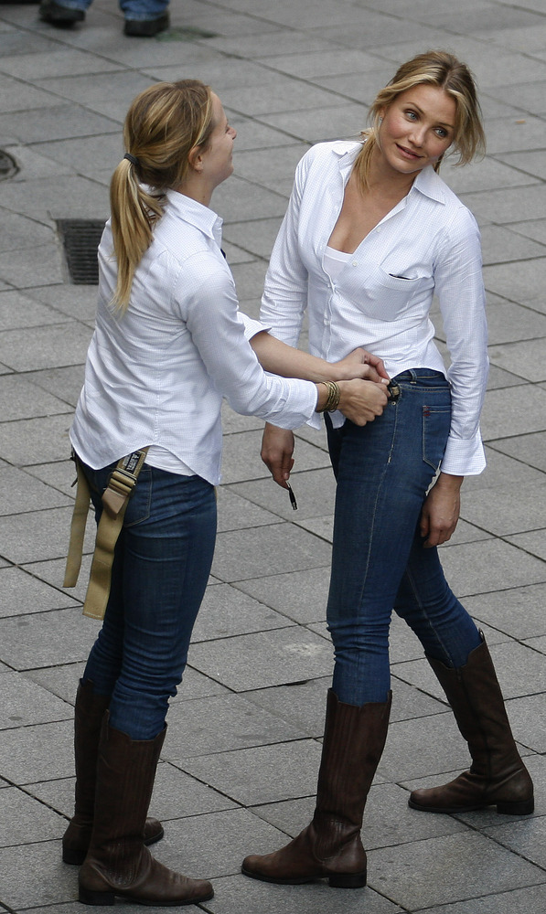 2) Cameron Diaz (right) and her stunt double during the shooting of the film Knight and Day on Dec. 9, 2009 in Seville, Spain.